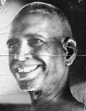 bhagavan-jovem-sorrindo